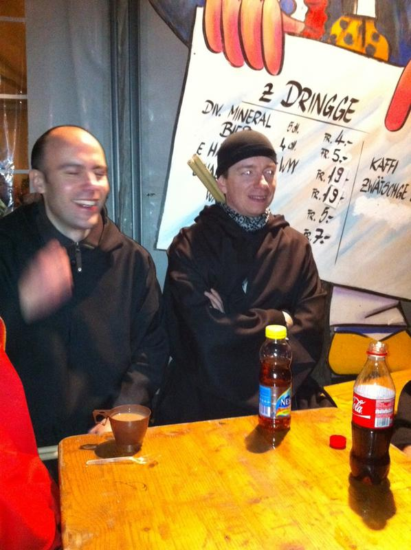 Fasnachtsclique die Antygge | Basler Fasnacht 2012 | Sujet: Die letschti Fasnacht