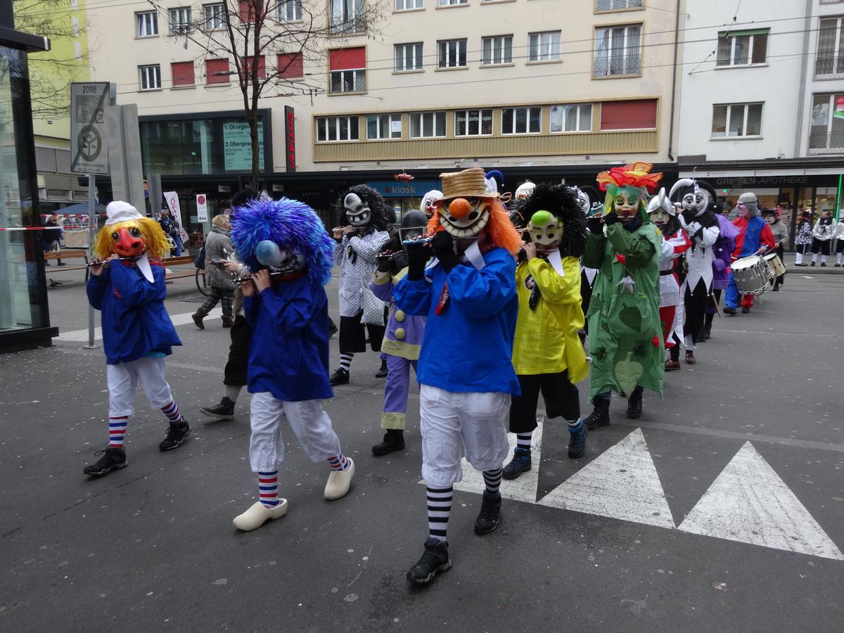 Fasnachtsclique die Antygge | Basler Fasnacht 2016 | Sujet: Dr Letscht löscht s'Liecht